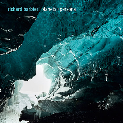 Richard Barbieri 'Planets + Persona' recenseras - ambient där melodika och machina möts
